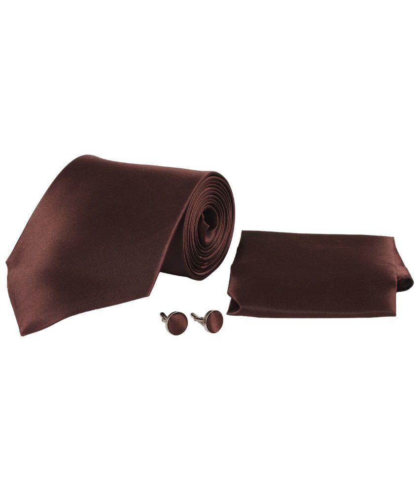 Sampada Brown Plain Broad Tie With Cufflinks & Pocket Square In Gift Box