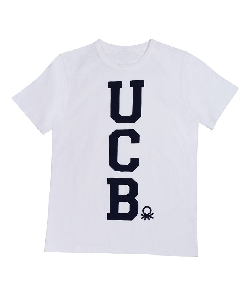 United Colors of Benetton Solid White Casual S Slv Tee Wth Benetton Artwork