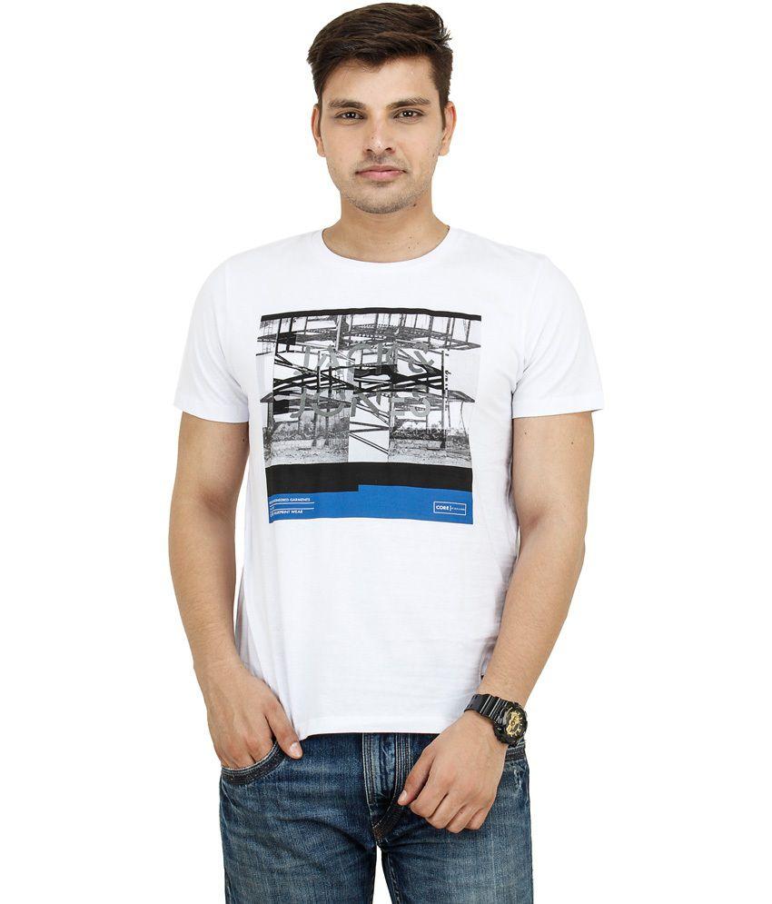 Shri In White Cotton Round Neck T-shirt
