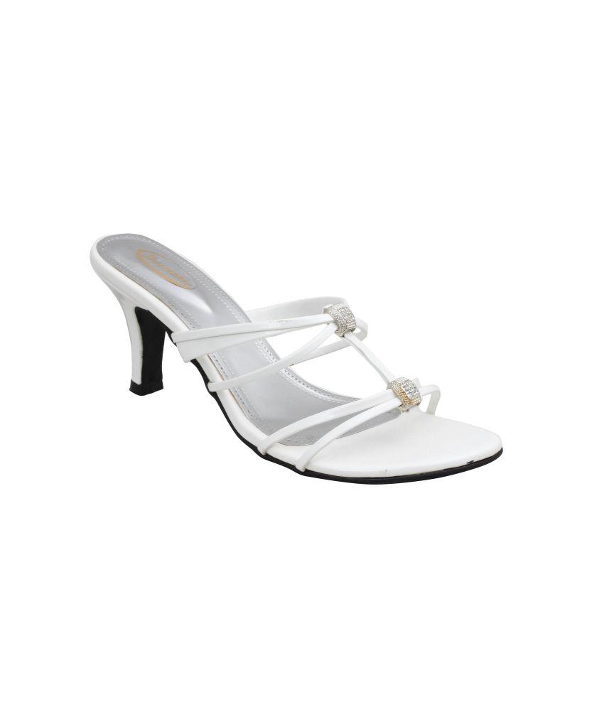 Shoe Maker Women's Casual White Sandals