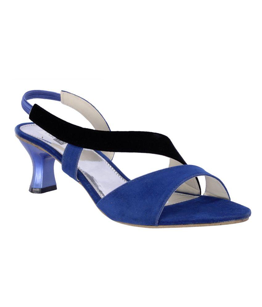 Elegant  Women Price In India Buy Stefino Black Medium Heel Sandals For Women