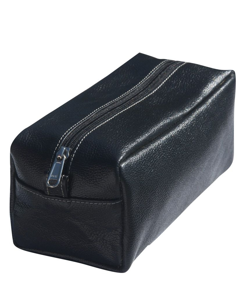 4cc77afdc8 Buy Selvi Leather Works Black Leather Zip Unisex Toilet Kit Bag at Best  Prices in India - Snapdeal