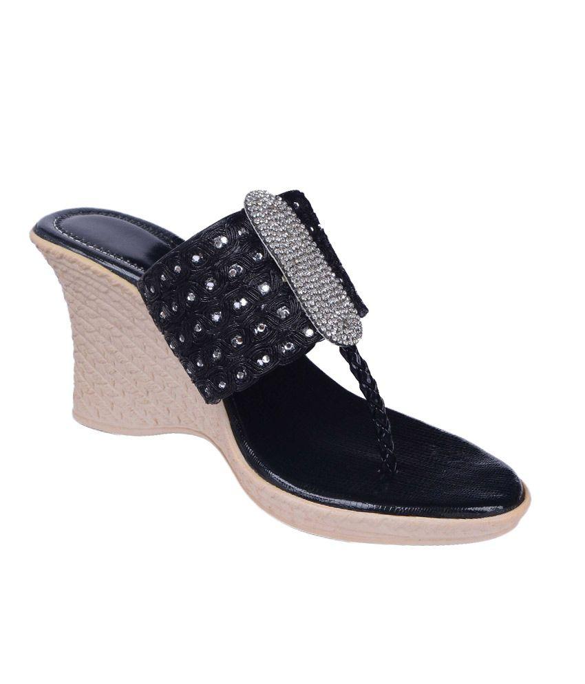 Nutan Black Leather Heeled Sandals