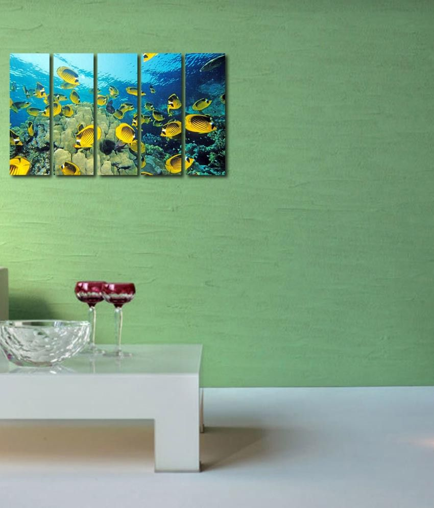 999store Glossy Printed Fish In The Sea Like Modern Wall Art Painting With Frame - 5 Frames