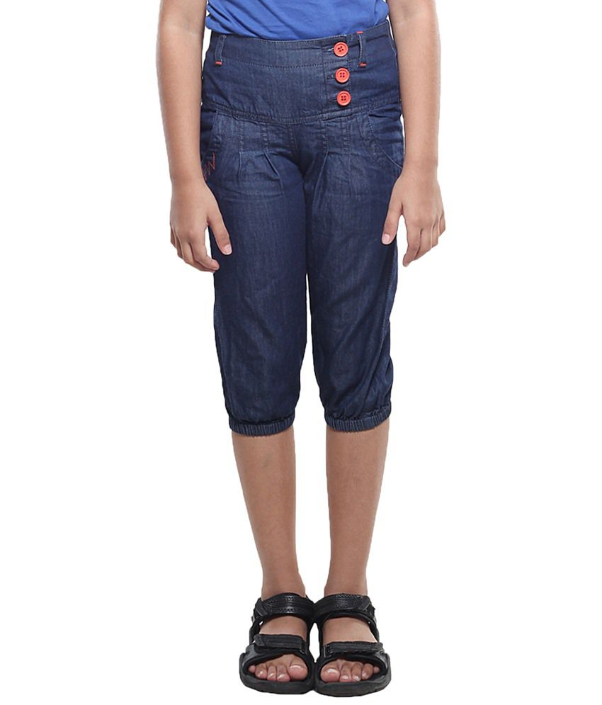 Stop By Shoppers Stop Blue Cotton Capris For Girls