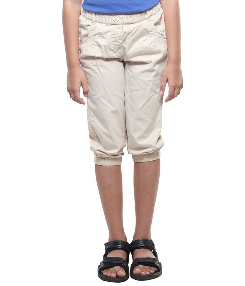 Stop By Shoppers Stop Cream Pin Tuck Capris For Girls