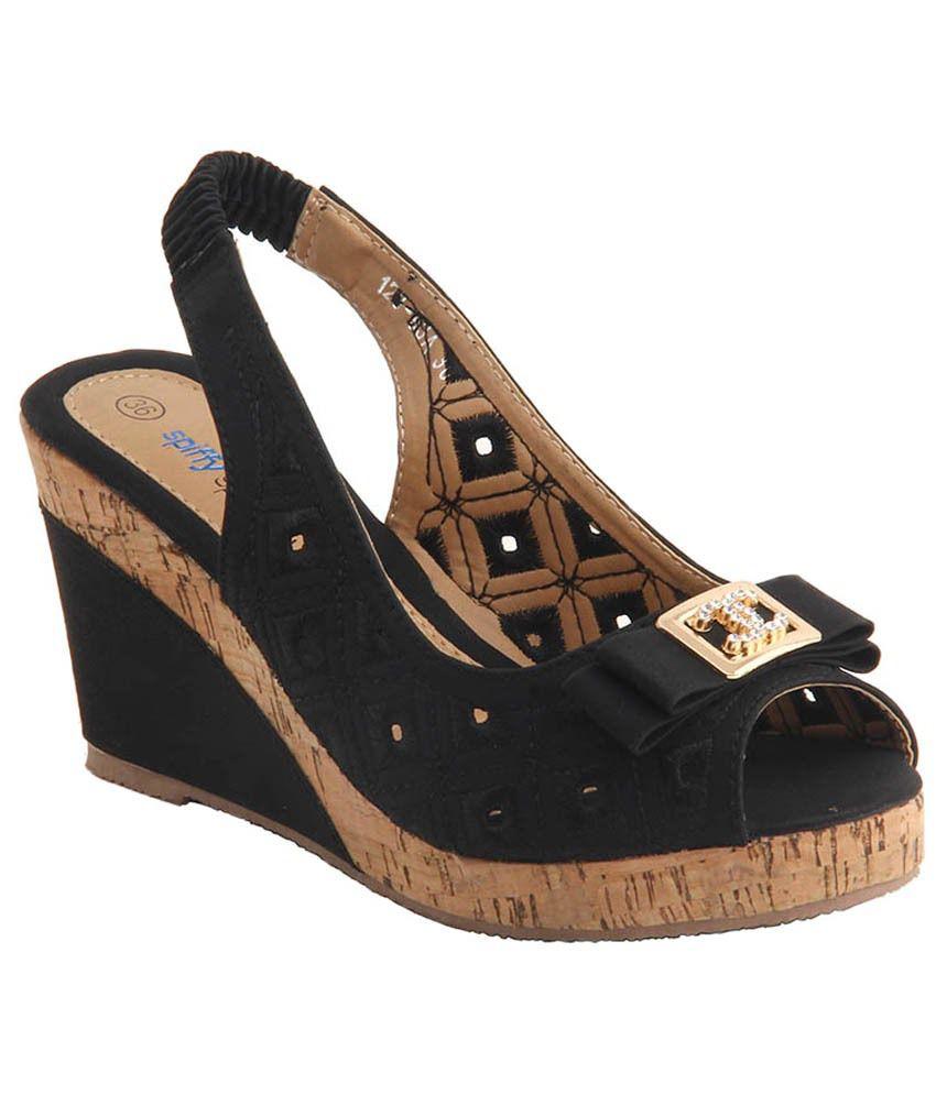 Ninelifestyle Black Crepe Heeled Sandals