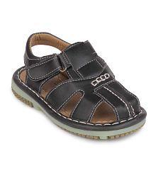 Action Shoes Black Sandals For Boys
