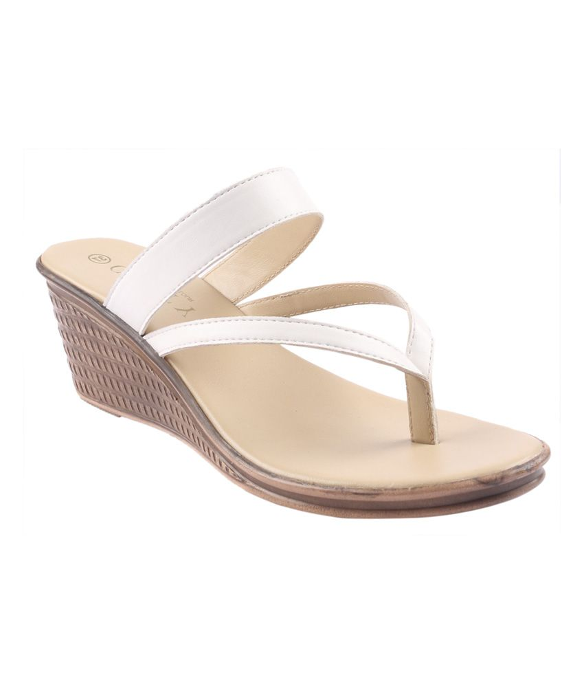Glety The Shoe Parlour White Leather Slip-On