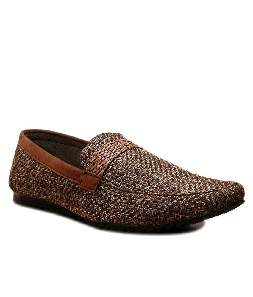 Annoyance Black Slip-on Casual Shoes