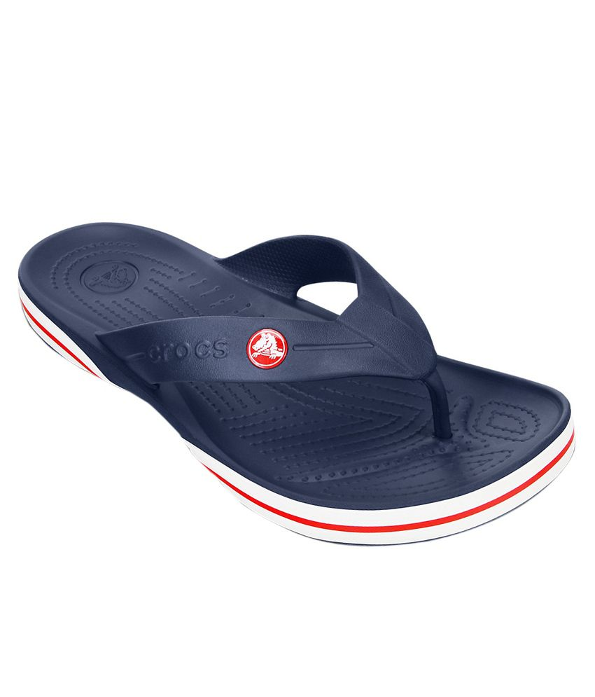 crocs relaxed fit croslite navy flip flops price in india. Black Bedroom Furniture Sets. Home Design Ideas