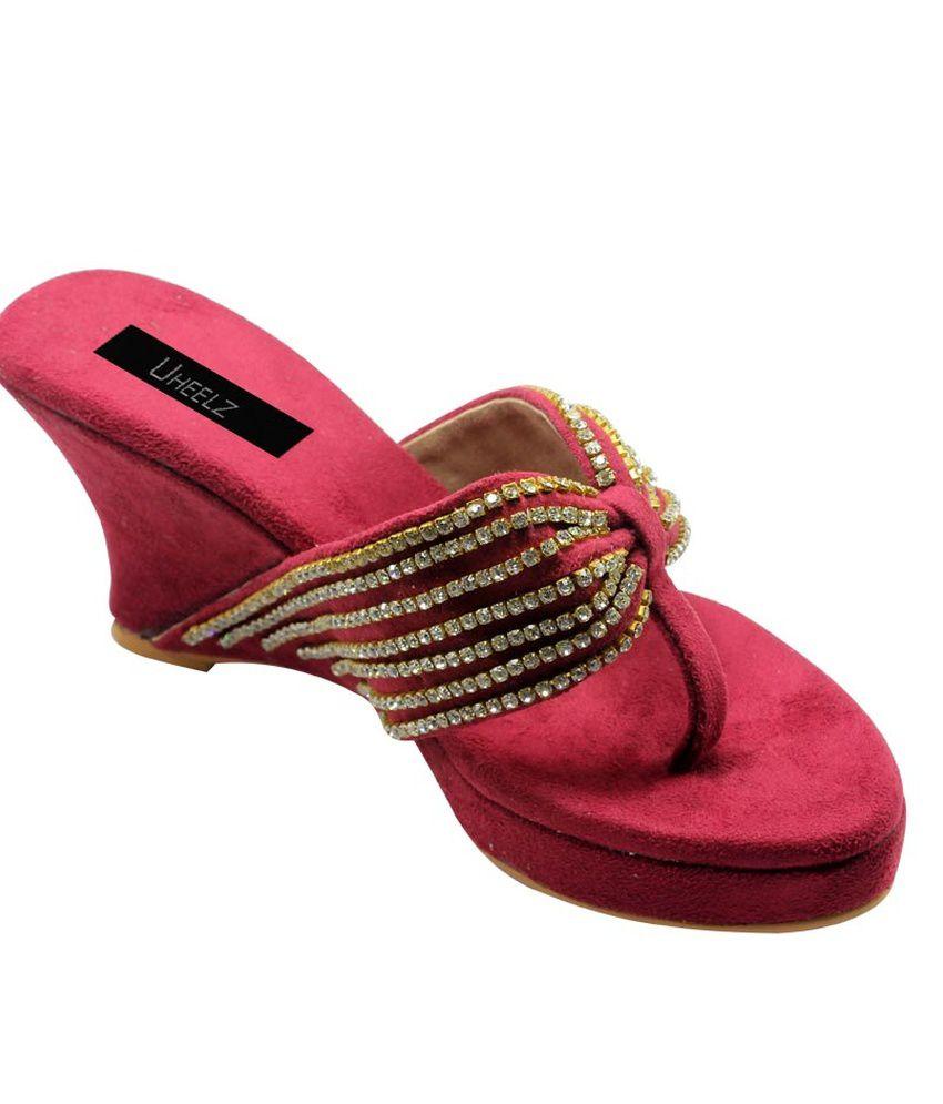 Uheelz Maroon Party Flat Women Ethnic Ware Sandals