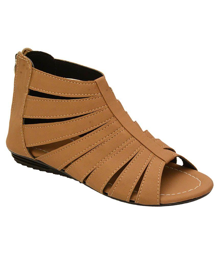 5c4dae44883 Remson India Beige Croslite Gladiator Sandals Price in India- Buy Remson  India Beige Croslite Gladiator Sandals Online at Snapdeal