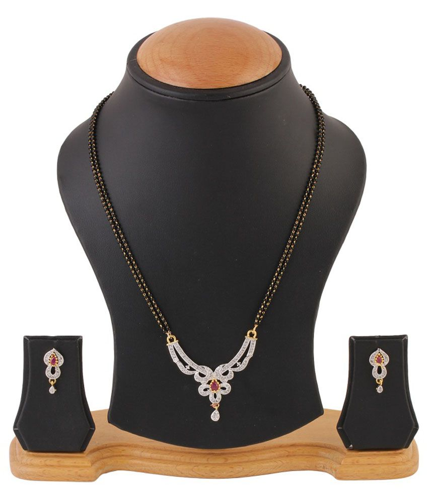 RZ Oddish Diamonds Golden Traditional Mangalsutra Set