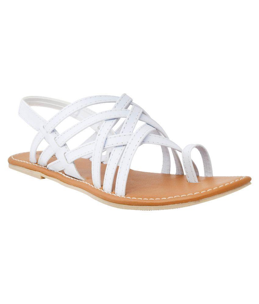 New Divas White Flats