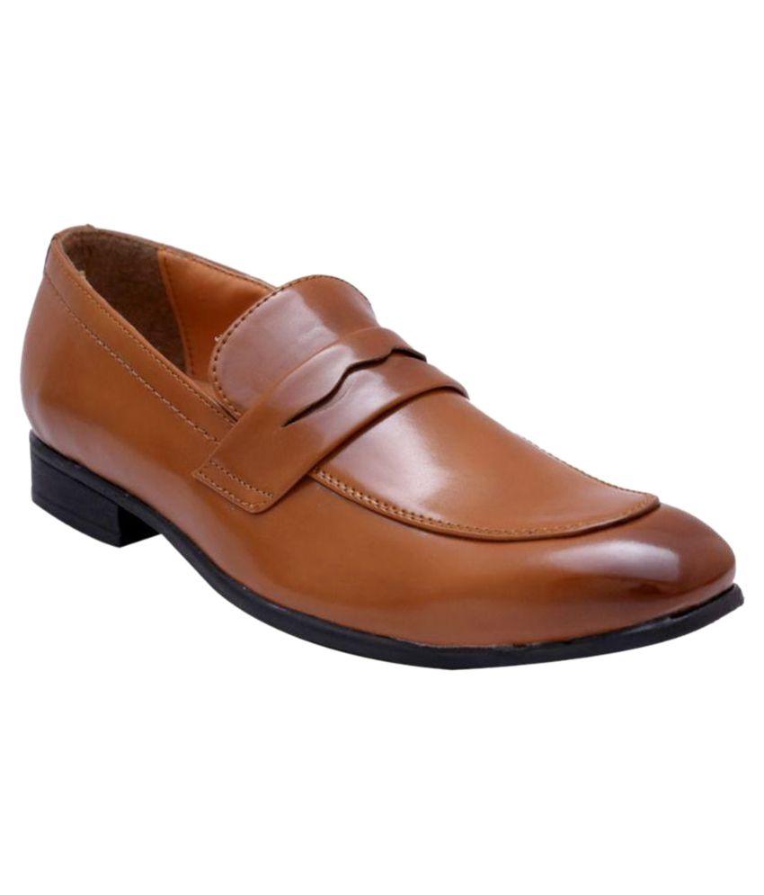 Hirel's Tan Formal Shoes