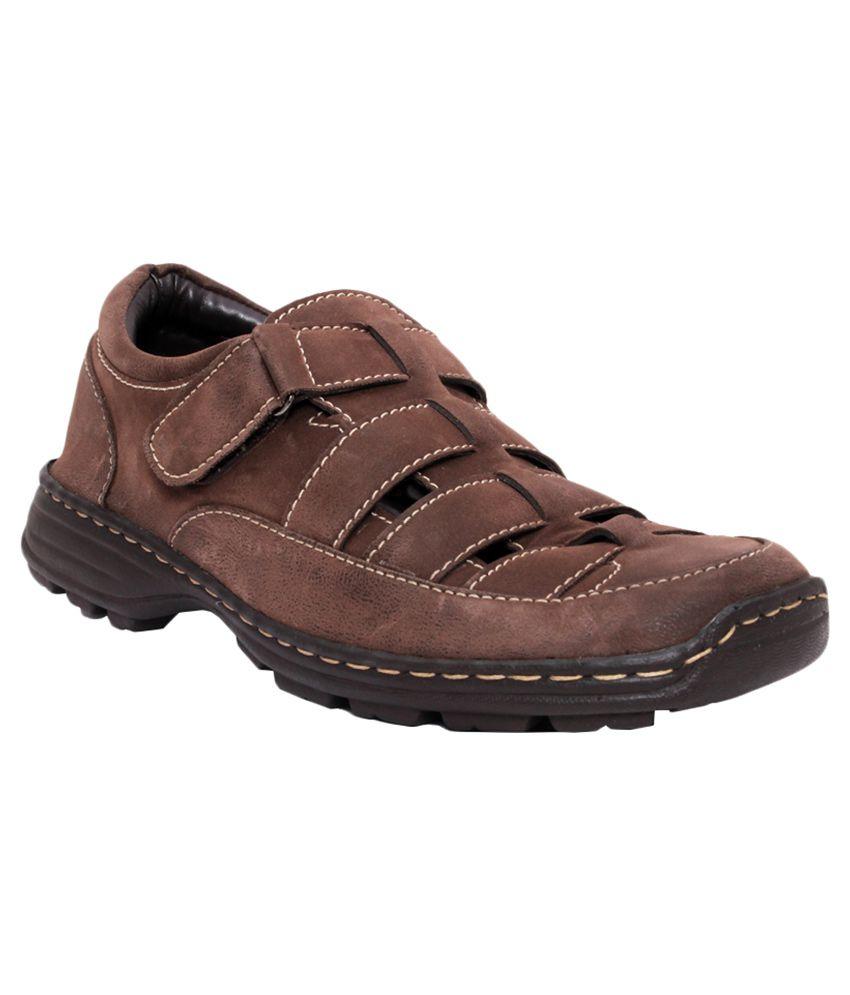 Bata Brown Sandals Price In India Buy Bata Brown Sandals