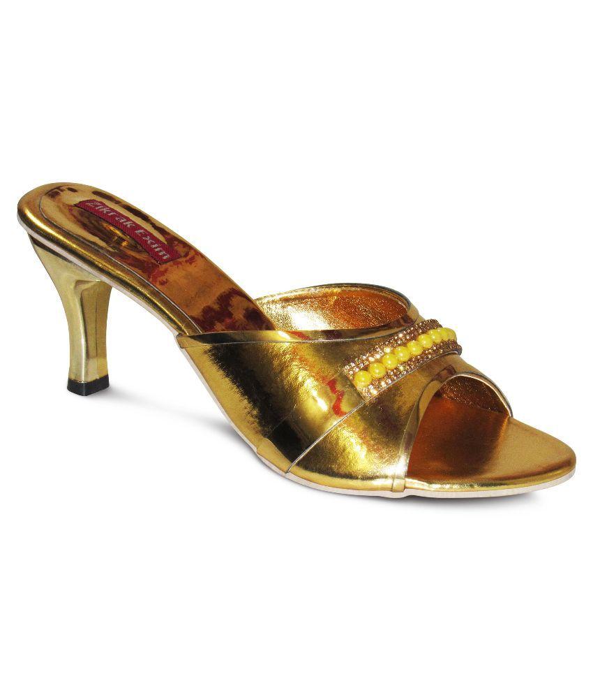 Zikrak Exim Gold Kitten Heels