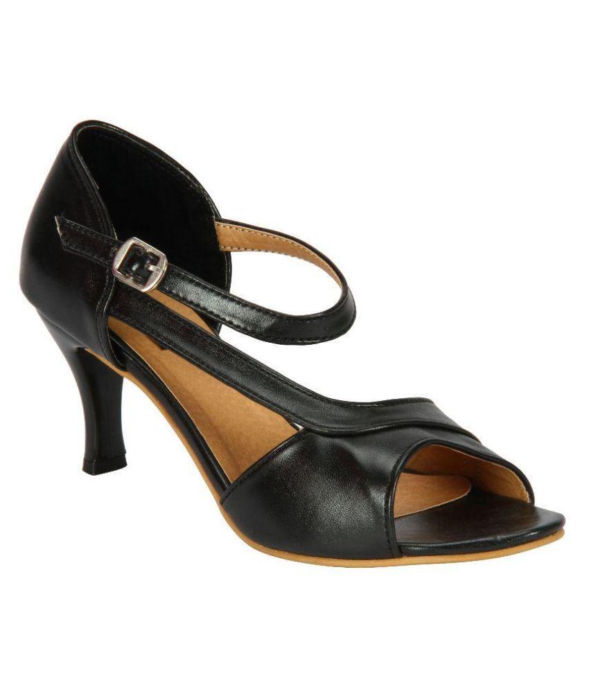 Welson Black Stiletto Heels