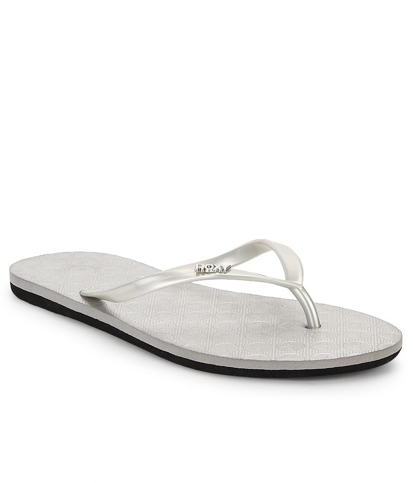 730832b47d726b Roxy Silver Flip Flops Price in India- Buy Roxy Silver Flip Flops Online at  Snapdeal