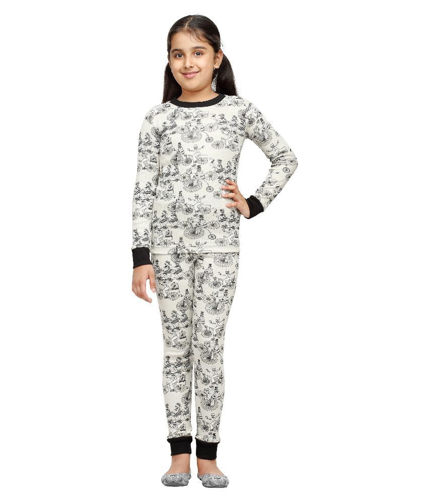 Nuteez Multicolour Cotton Nightsuit for Girls