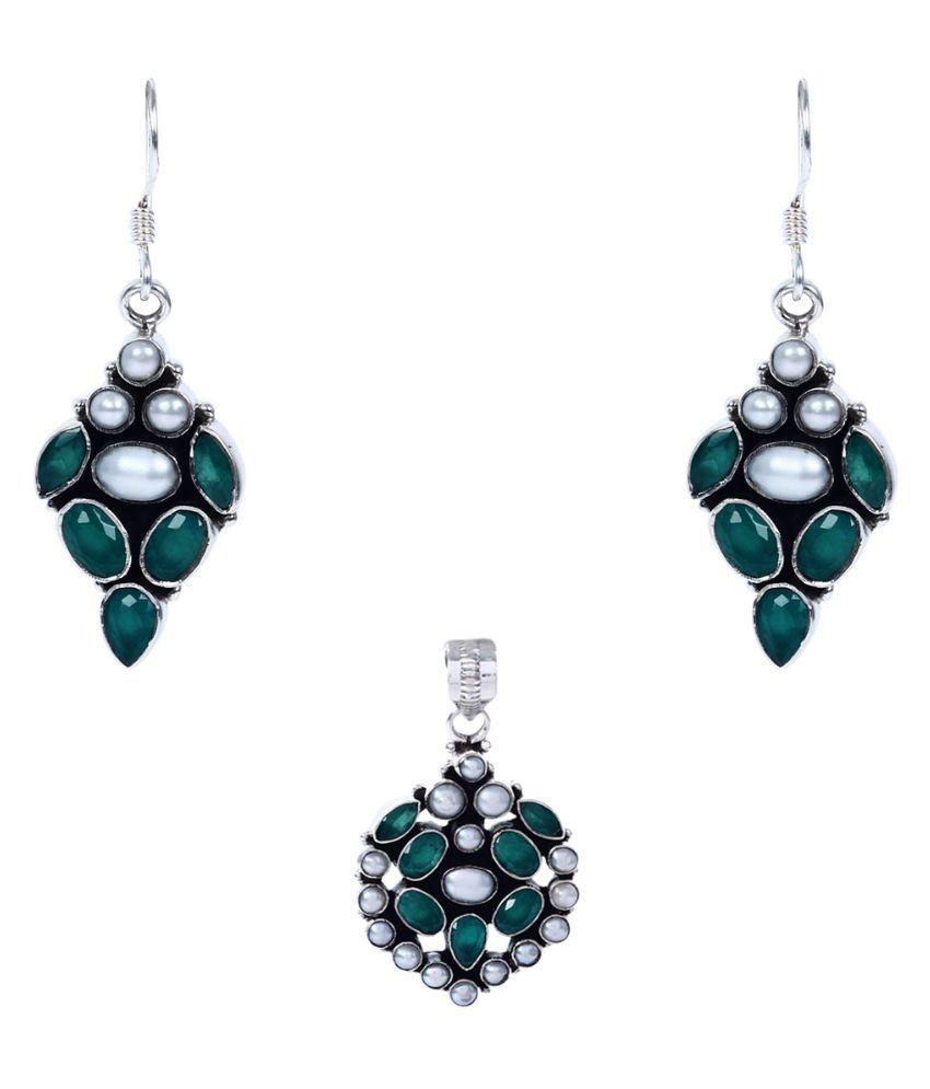 Silverwala 92.5 Silver Emerald Necklace Set