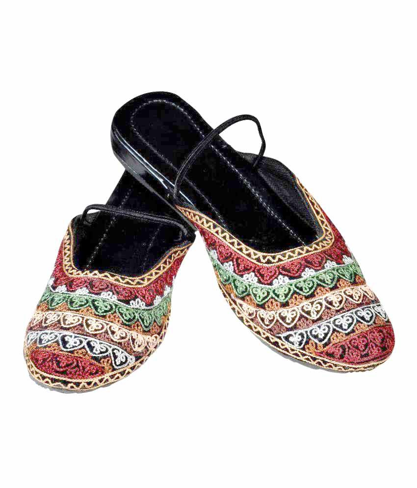 Aadhyaa Multi Color Flats