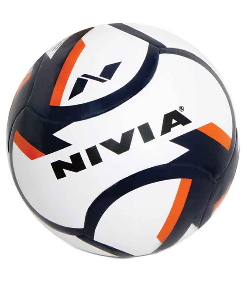 4ba383cb8c14 Nivia Dominator Football   Ball-FB-80076  Buy Online at Best Price on  Snapdeal