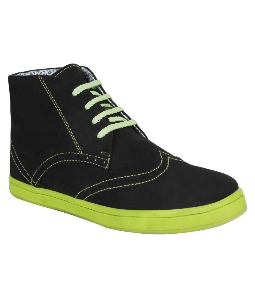 Pruto Black Chukka boot