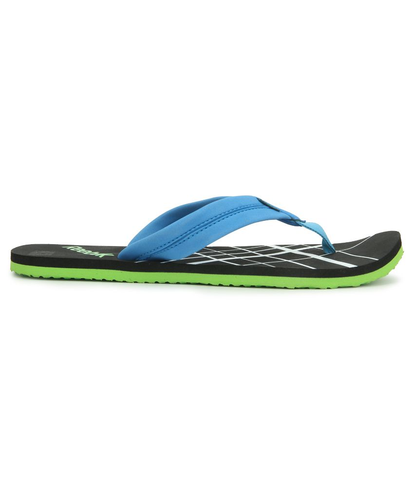 89a5400125d9 Reebok Possession IV Black Flip Flops Price in India- Buy Reebok ...