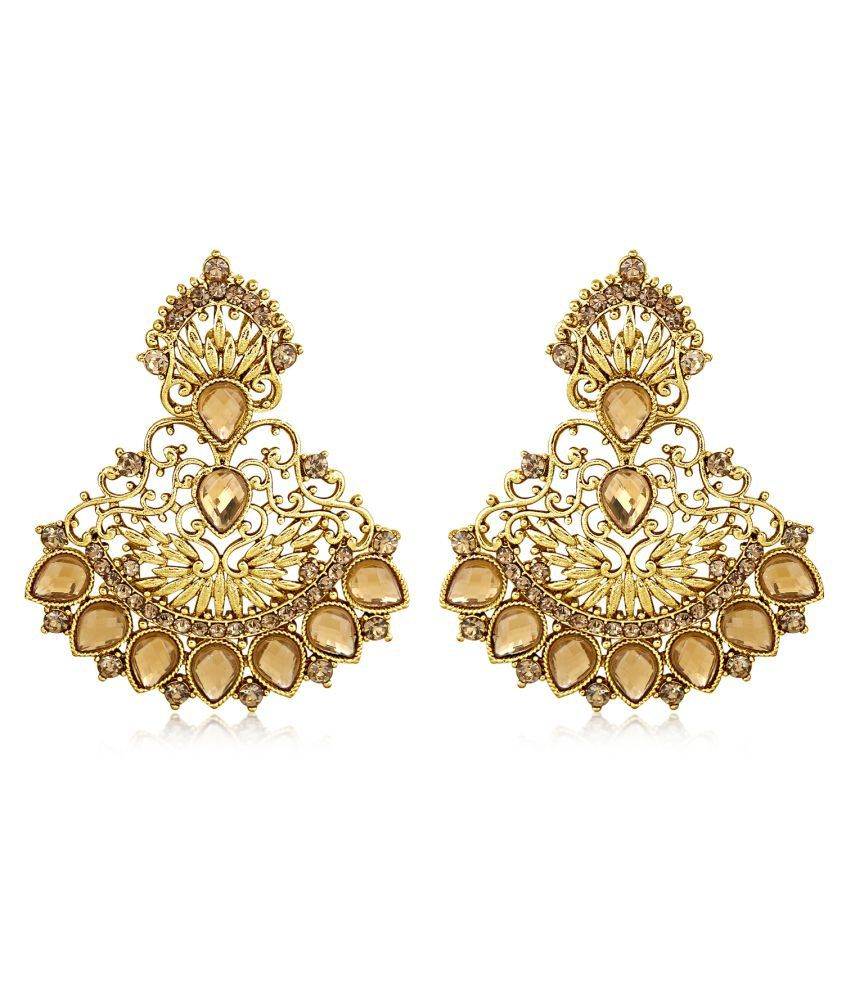 Inaya Golden Hanging Earrings