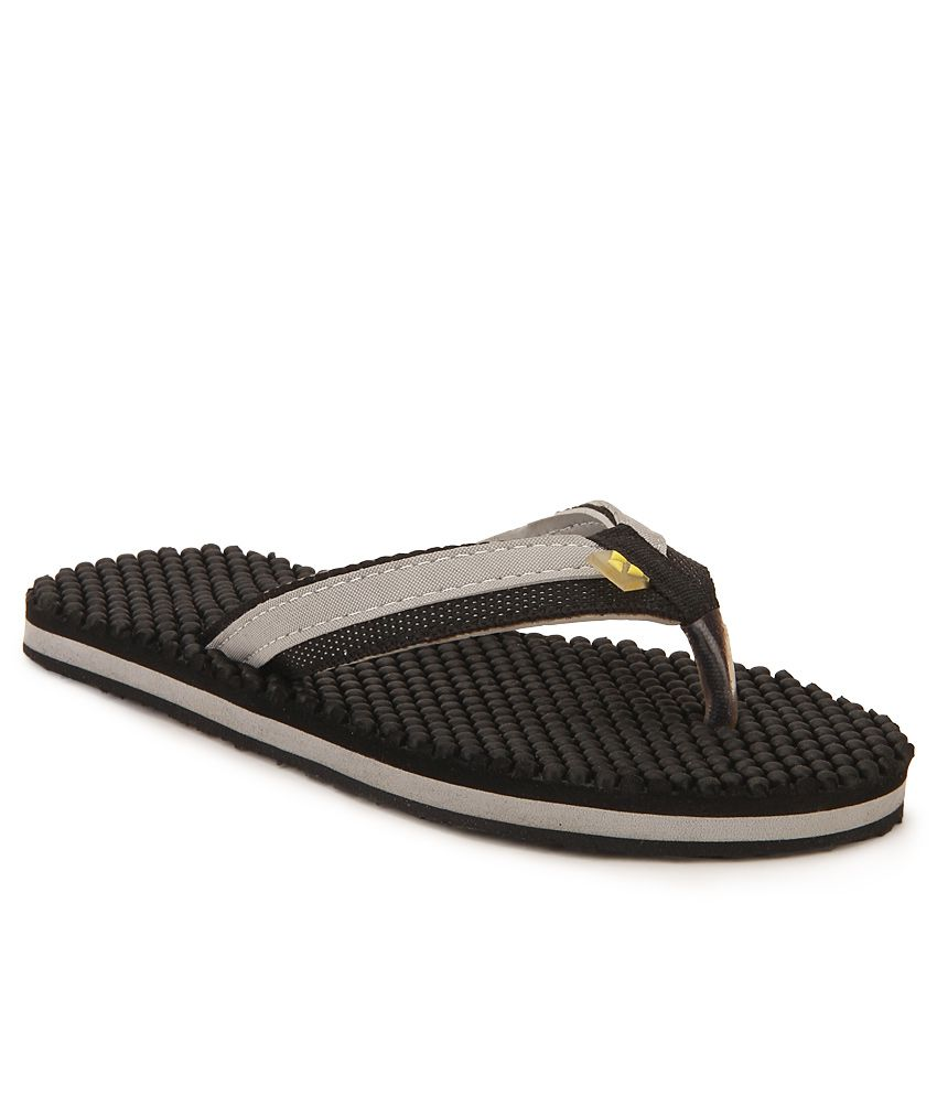 Windwalker IZU Black Flip Flops