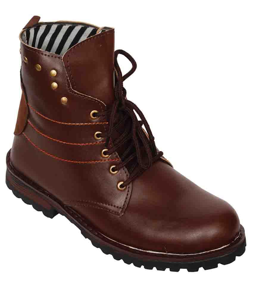 luxembourg Brown Chukka boot