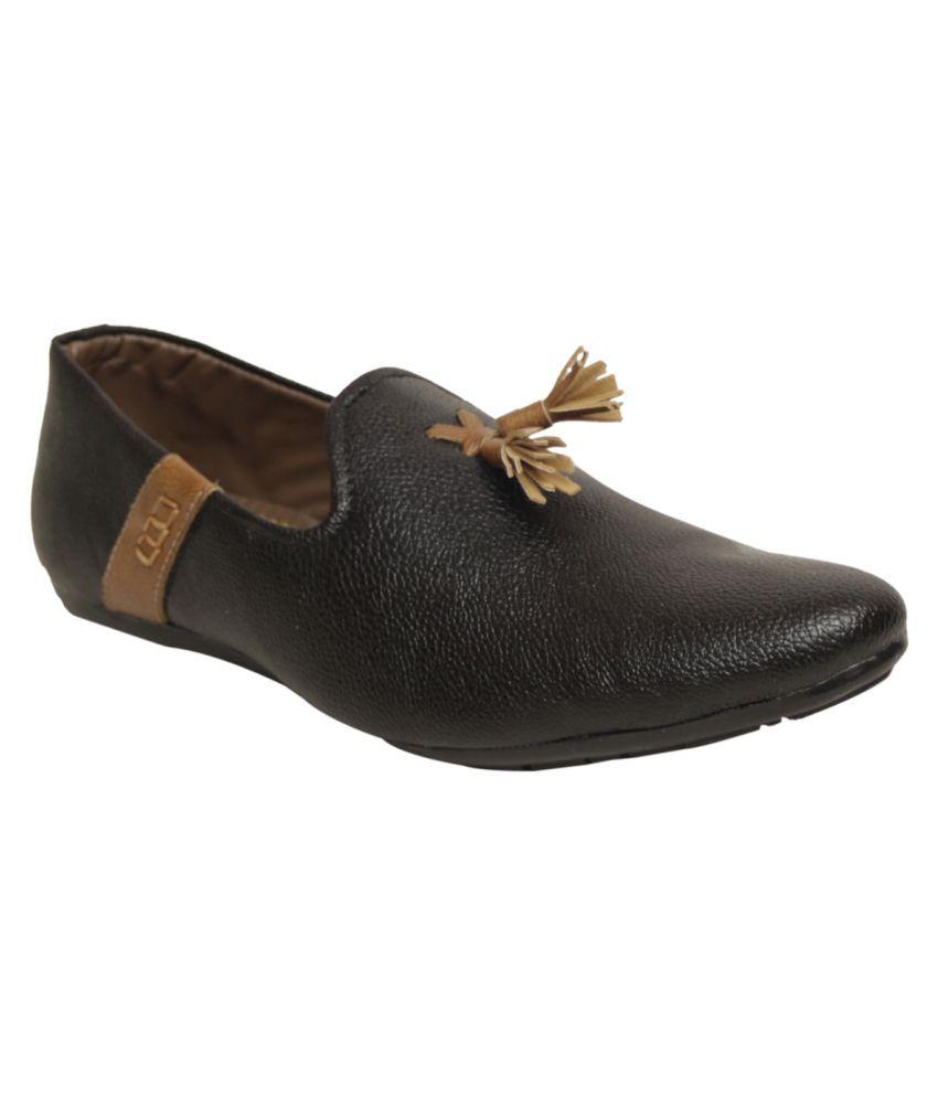 Rozzana Black Slip-on Shoes