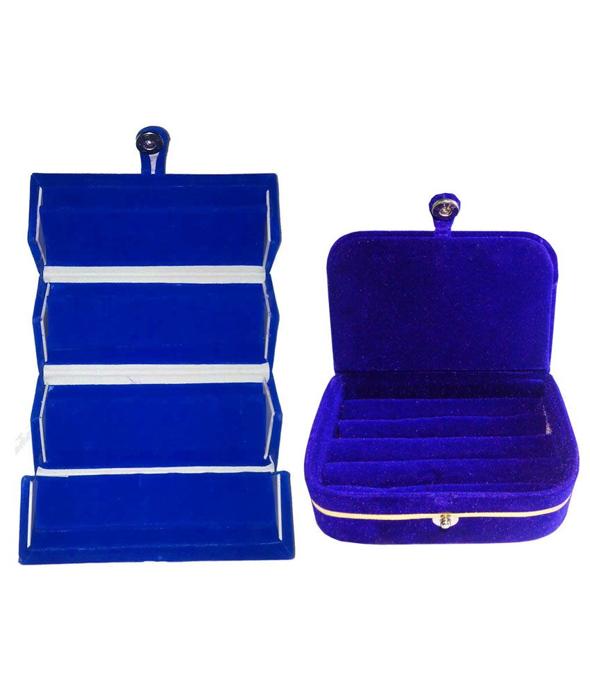 Abhinidi Combo of Blue Earrings and Ring Box