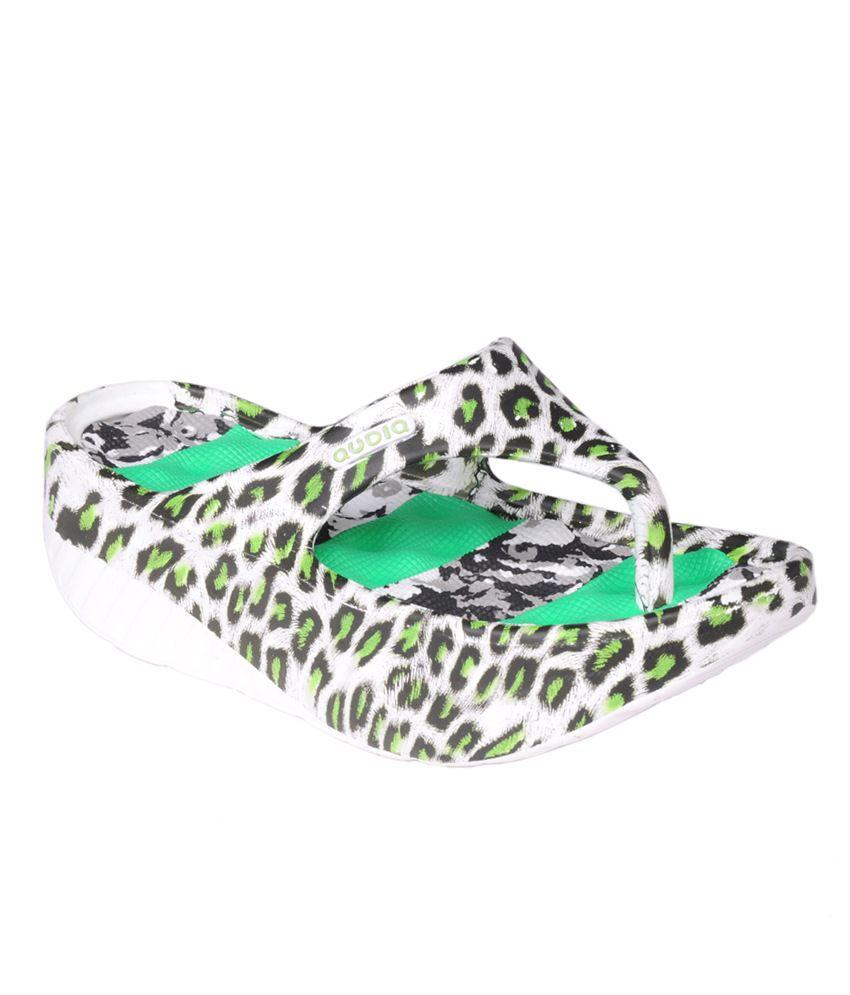 Trilokani Green Women's Slippers