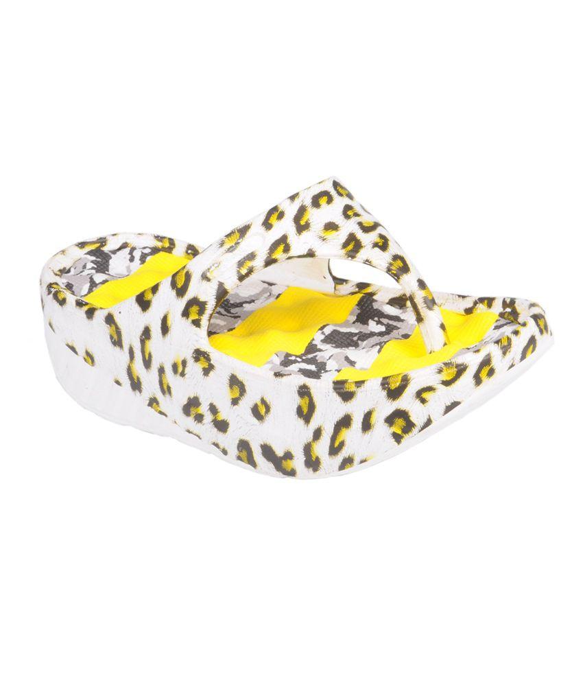 Trilokani Yellow Women's Slippers