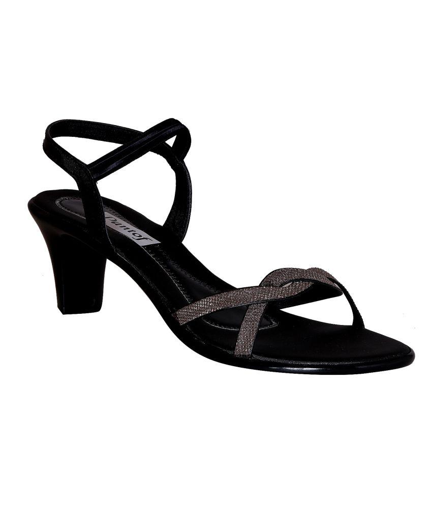 Pantof Black Kitten Heeled Sandals