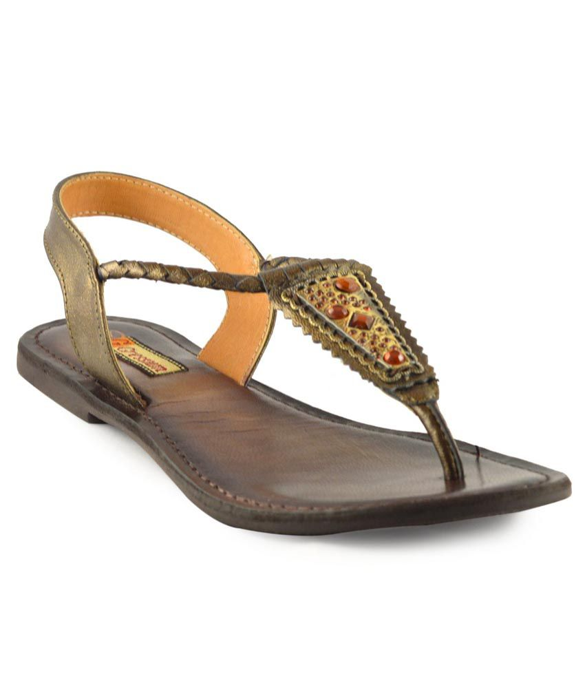 Gressum Brown Sandals