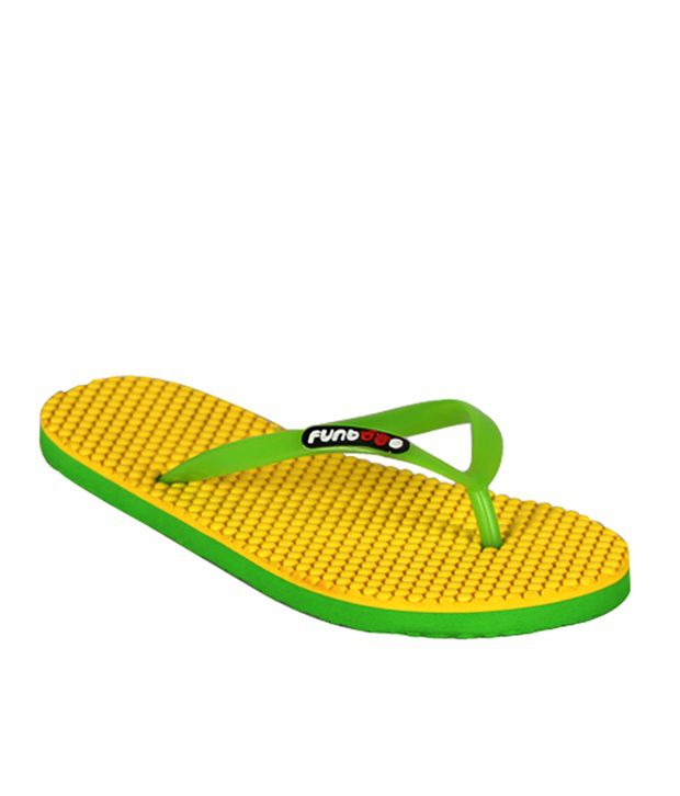 Futones Yellow Dotted Flipflop