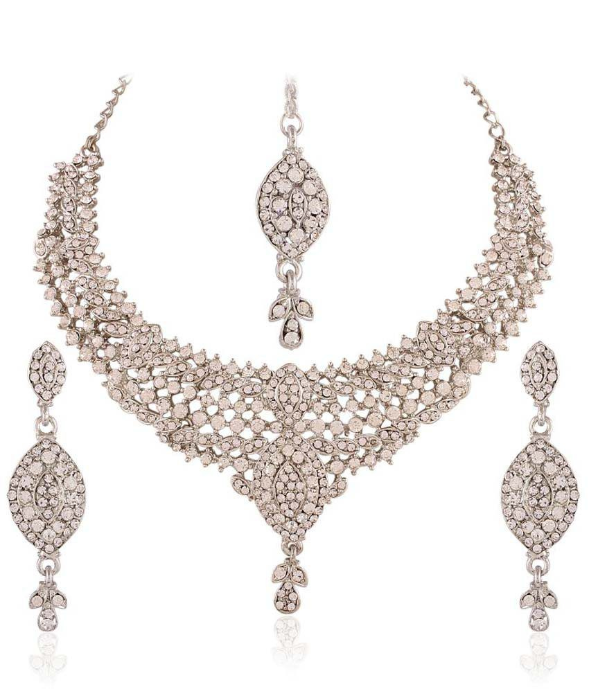 I Jewels White Alloy Necklace Set With Maang Tika
