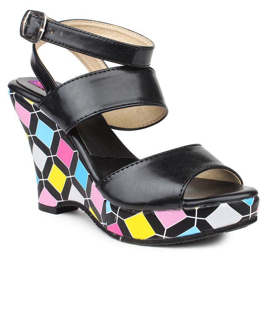 Fiorella Black Wedge Sandals