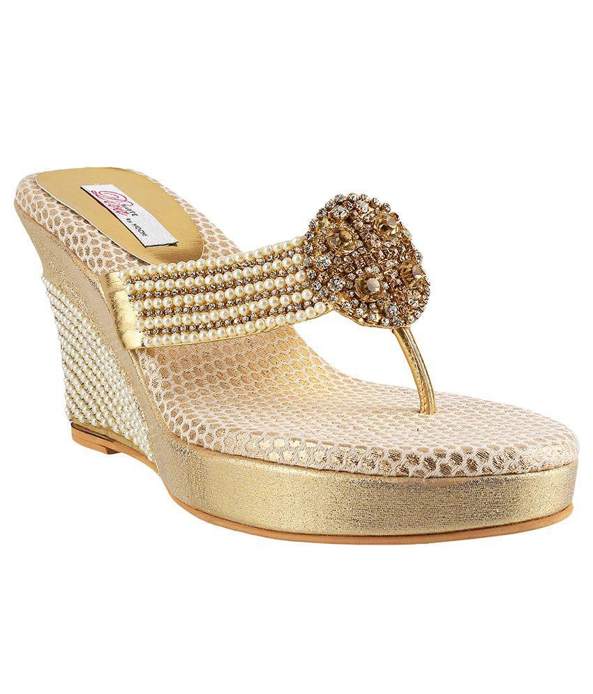 Mochi Gold Heeled Slip Ons