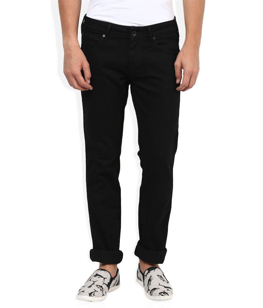 Wrangler Black Regular Fit Traveler Jeans