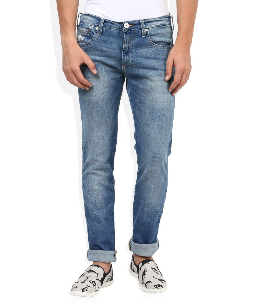 Wrangler Blue Regular Fit Traveler Jeans