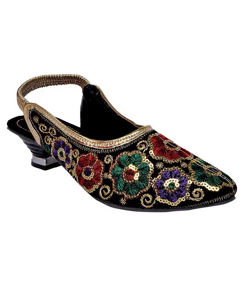 Indcrown Rajasthani Ethnic sandal for women