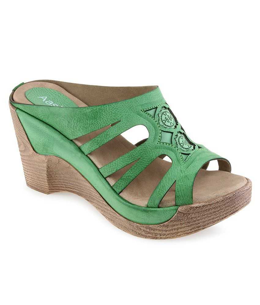 Aashka Green Heeled Slip Ons