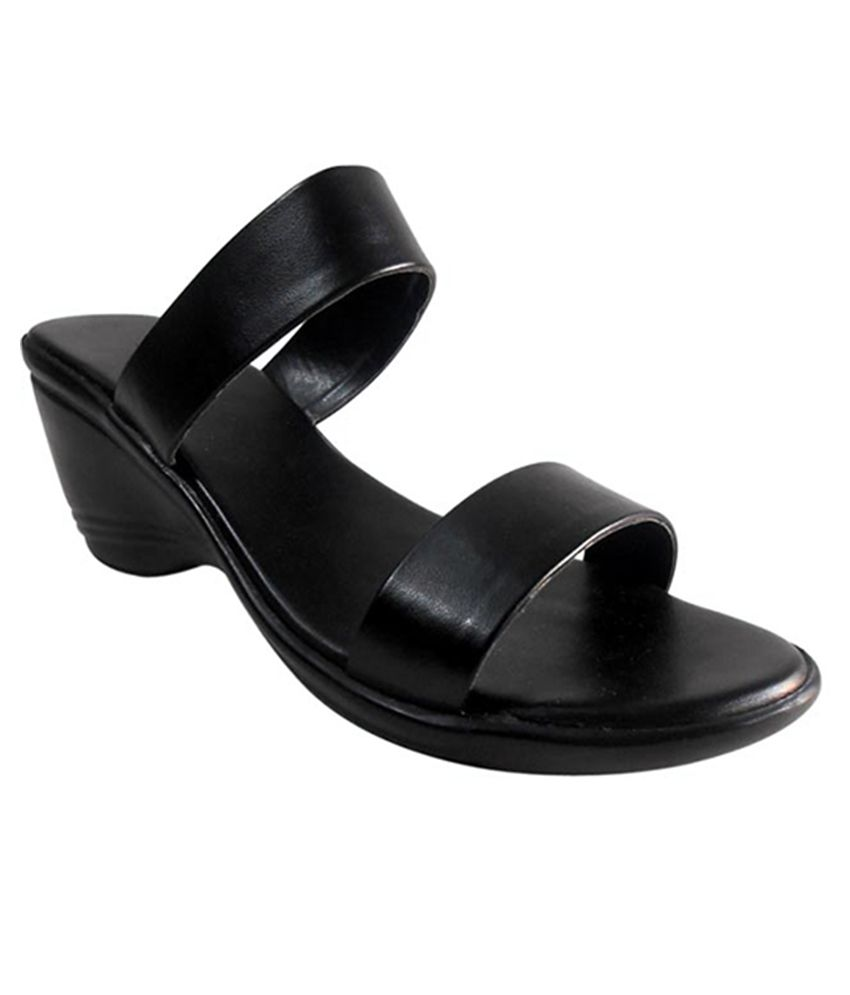 Right Steps Black Heeled Slip Ons