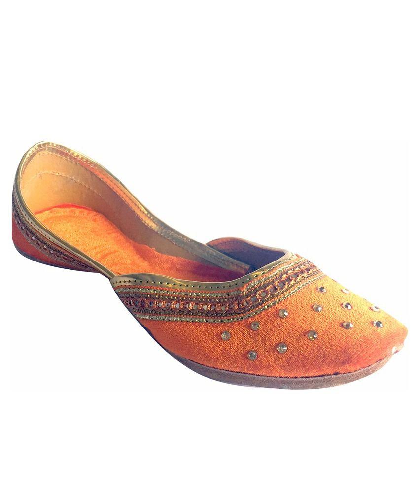 Step N Style Orange Juttis