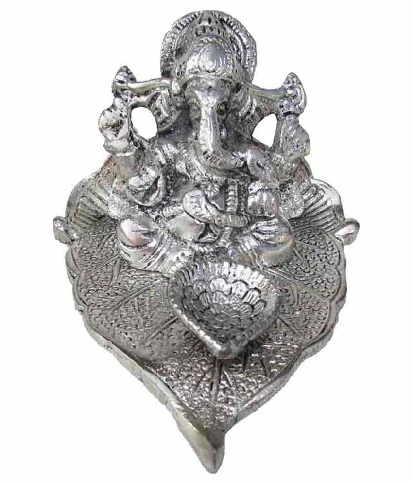 Priyal Handicraft Ganesha Idol